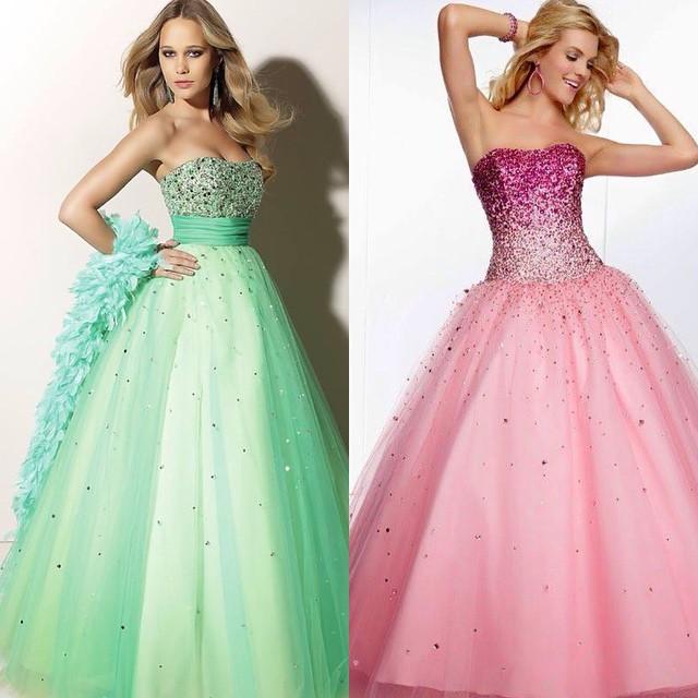 Meninas, qual destes é o vestido perfeito? www.debuteen.com.br ? #vestido #verde #pink #debutantes #debuteenblog #perfeito