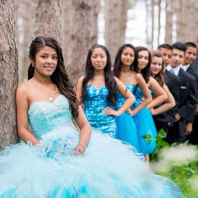 Festa Azul! #azul #blue #festa #dress #vestido #debutantes #debuteenblog
