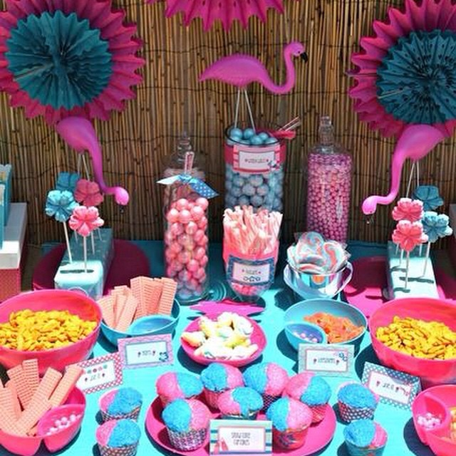 Flamingos!! Pool Party #pool #party #temas #debuteenblog